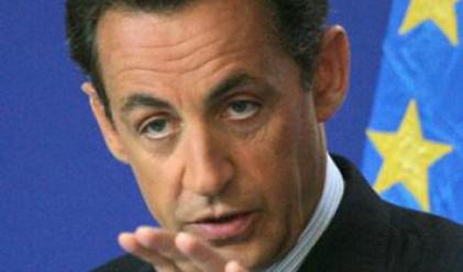 Саркози към Гърция: Преструктуриране не значи опрощаване
