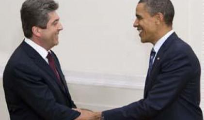 Обама обеща на бившите соцстрани пълноценно партньорство