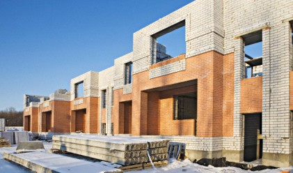 Разрешителните за строеж на жилища и офиси намаляват