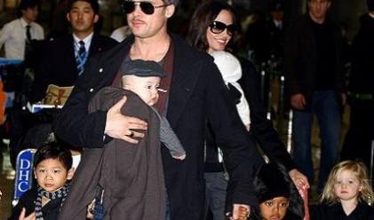 Брад Пит и Анджелина Джоли стават лондончани срещу 10 млн. паунда