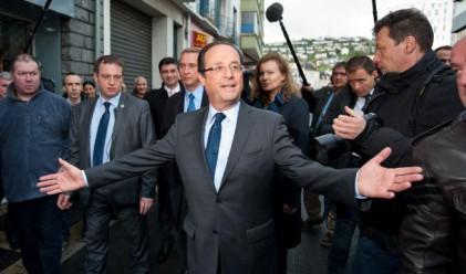 Богат ли е новият френски президент?