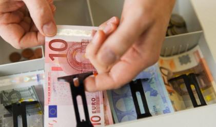 С 14% са се увеличили разходите на българите, с 10% доходите
