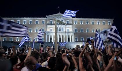 В Гърция бесни на идеята на Меркел за референдум за еврото