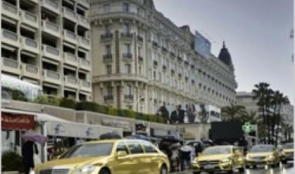 Кан налага модата на златните лимузини