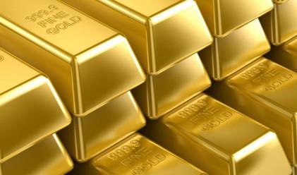Златото с най-дълга губеща месечна серия от 13 години насам