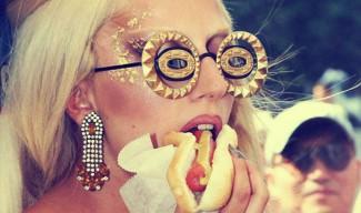 Какви храни и питиета си поръчват музикантите (снимки)