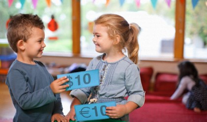 4 лоши финансови навика, на които несъзнателно учите децата си