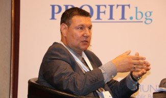А. Бочев: Наемането на 10 брокера подбива цената на имота ви