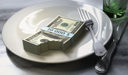 400 млн. загуби за икономиката от сливане на празниците