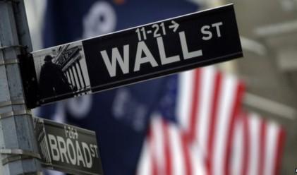 Трицифрен спад за Dow Jones вчера