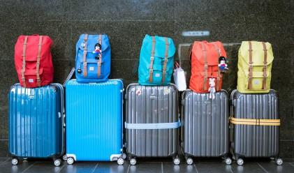 Пътуваме по-малко в страната и в чужбина
