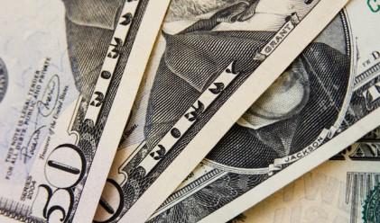 Доларът получи подкрепа от данните за щатския имотен пазар