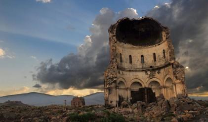 Легендарният изоставен град Ани