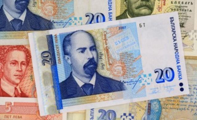 Средната работна заплата в България с растеж от 123% за 10 г.