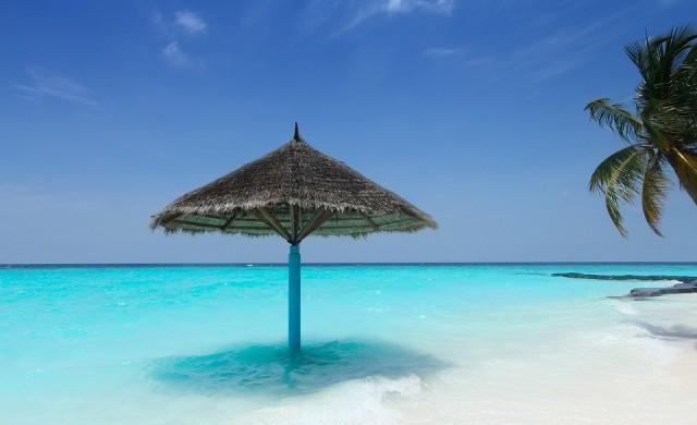 Колко ще струват чадърите по морето това лято?