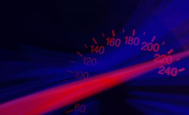 Пореден рекорд на пътя - 215 км/ч