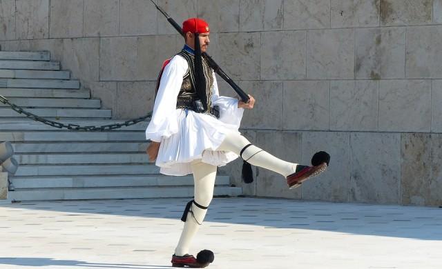 Гърция отново изпадна в рецесия