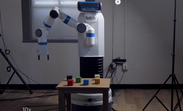 Проект, подкрепен от Мъск, показа как робот учи чрез имитация