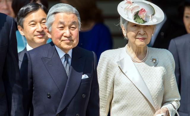 Японският император на крачка от абдикацията