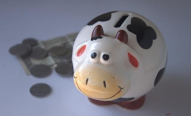 Лихвите по депозитите продължават свободното си падане