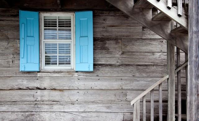 Къща на две нива в шведски стил