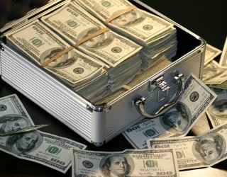 Един от най-богатите хора в света спечели 45 млрд. долара за 5 г.