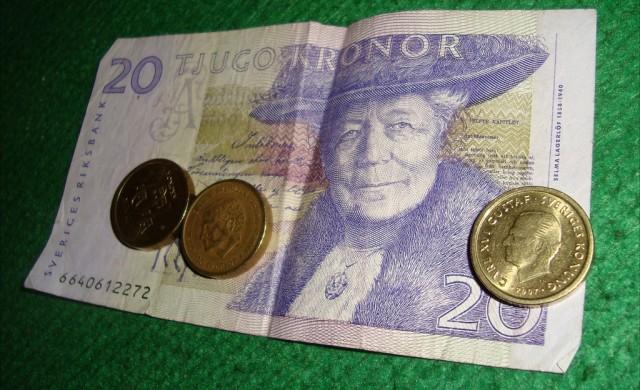 Рисковано ли е Швеция да обръща гръб на парите в брой?