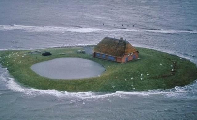 Островите Халиген и удивителните им къщи