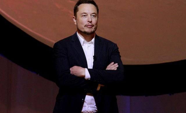 Tesla пуска нов Model 3, който ще бъде с 15% по-бърз от BMW М3