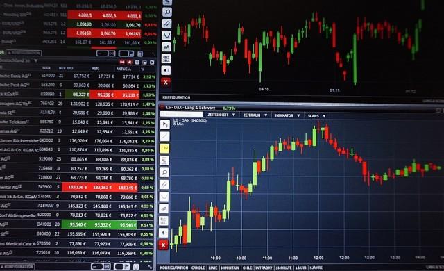 Сделки при Индустриален Холдинг България вдигнаха оборота на БФБ