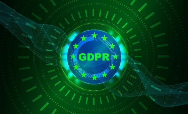 Още в първия ден на GDPR заваляха жалби срещу Google и Facebook