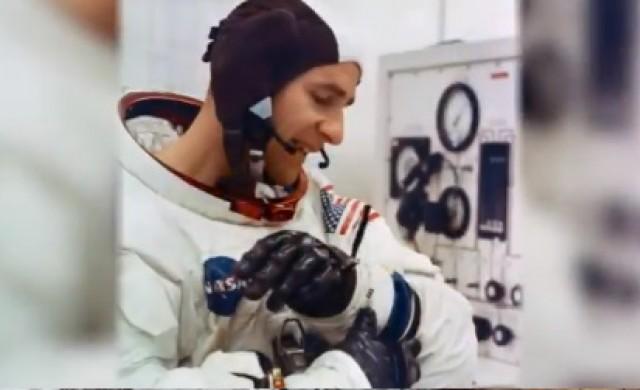 Почина астронавтът, стъпил четвърти на Луната