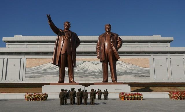 Северна Корея разполага с чуждестранна валута, въпреки санкциите