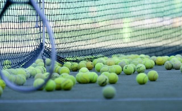 Как се произвеждат топките за тенис?