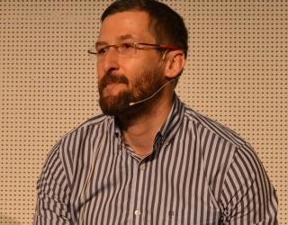 Малчев:  Тествайте какво работи за вас и обучавайте ИИ