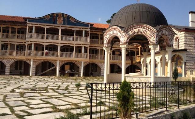 Продават Гигинския манастир на търг заради дългове