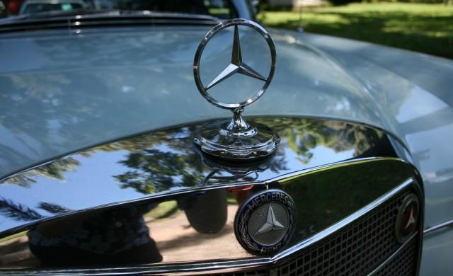 Mercedes обяви големи планове за трансформация на бизнеса си