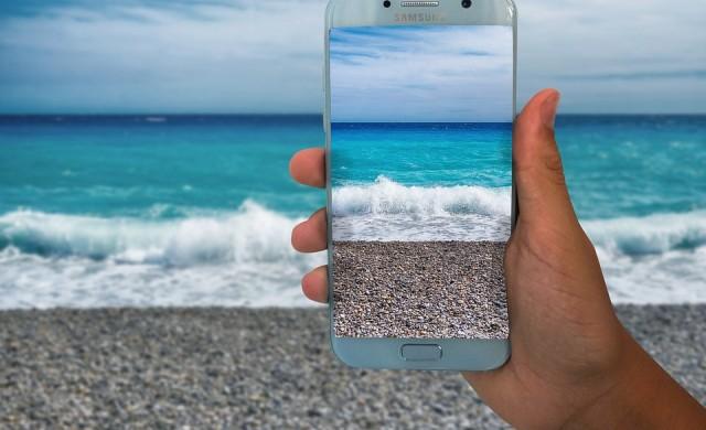 Какво да направите, ако смартфонът ви падне във вода?