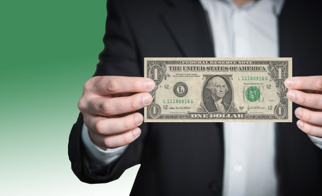 Американците натрупаха дългове за 13.6 трилиона долара