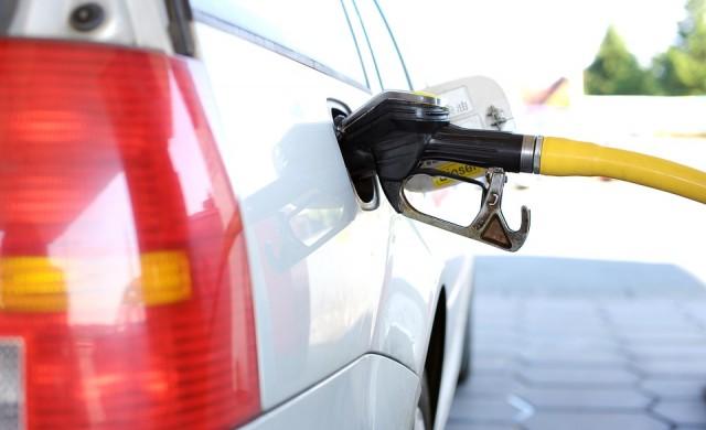 Данъчни и полиция откриха 8 тона нелегално гориво