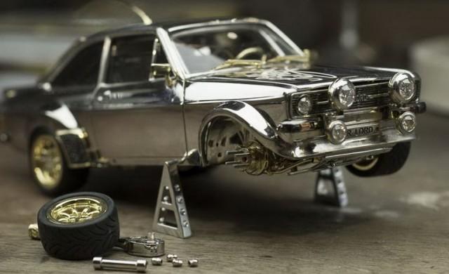 Британец създаде Ford Escort от благородни метали