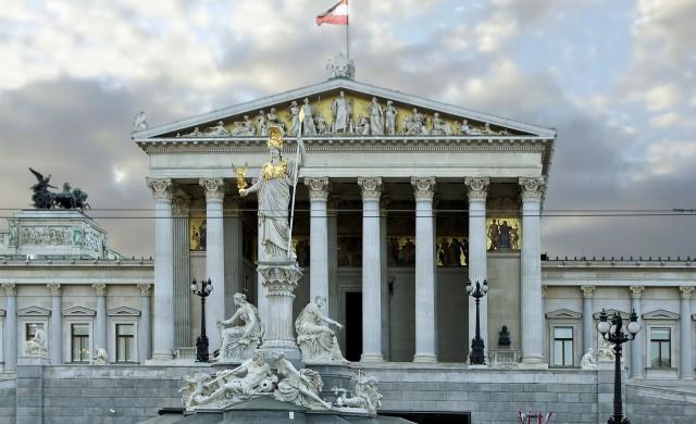 Австрия се готви за предсрочни избори след корупционен скандал