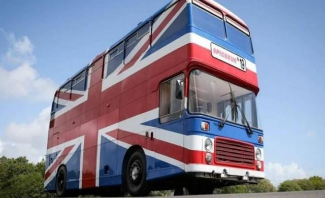 Пускат автобуса на Spice Girls под наем в Airbnb