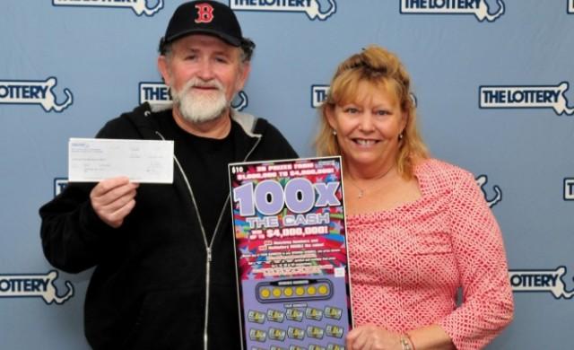Мъж спечели лотарията два пъти за 5 години, а жена му още веднъж