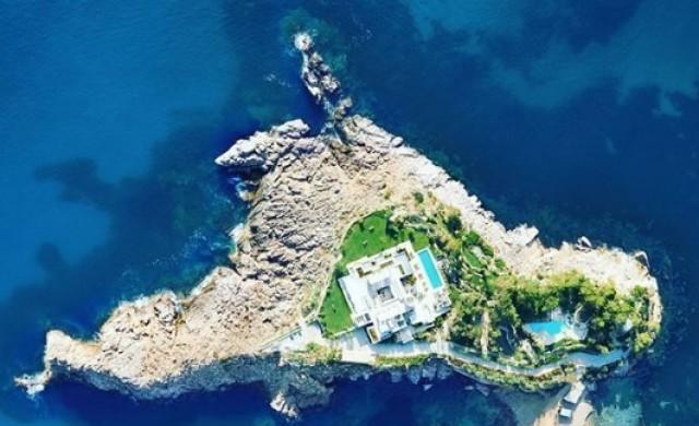Таен остров до Ибиса може да бъде ваш за 7 дни срещу 220 000 евро