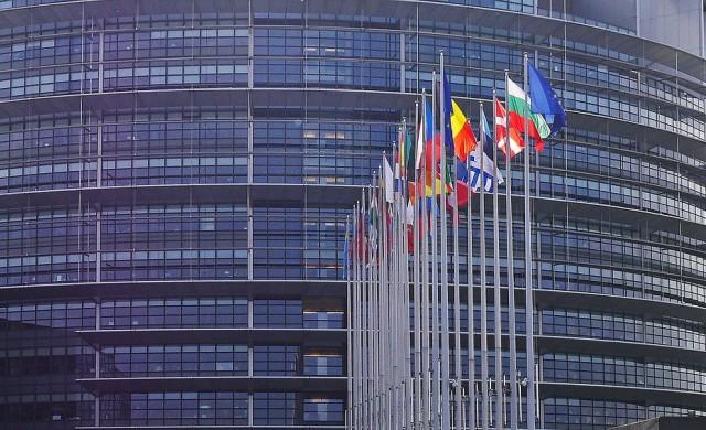 ЕНП спечели евровота, евроскептиците първи в Италия и Франция