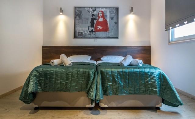 Вижте първия в света хотел във формата на китара (снимка)