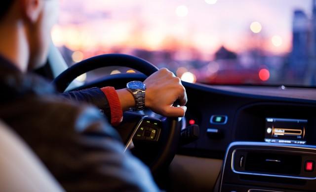 Най-безполезните електронни асистенти в колата
