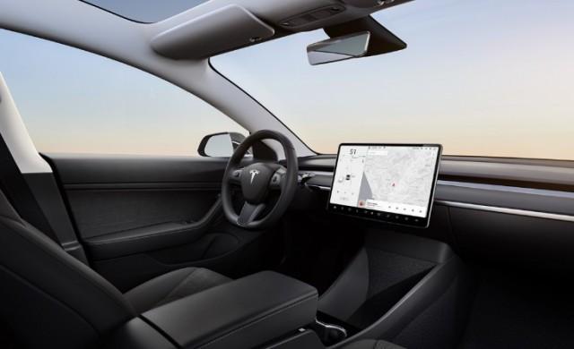 Илон Мъск заплаши да изнесе дейността на Tesla извън Калифорния