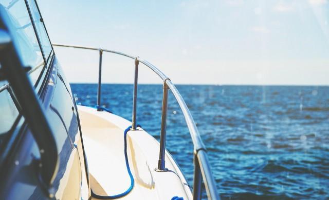 Богатите софиянци имат 350 яхти и 87 самолета